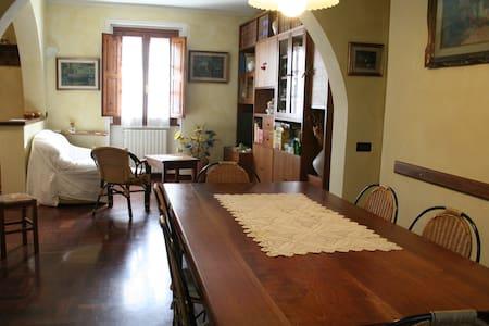 Appartamento centro storico a pochi km da Firenze - San Casciano in Val di Pesa