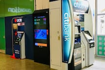 "Amenities at Kembangan Mrt Station : #3 ""CitiBank"" & ""UOB"" ATM to withdraw cash."