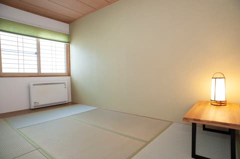 [T201] Private twin room at Lighthouse