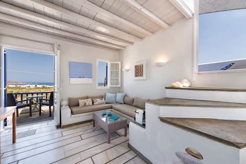 PURE WHITE Studio with amazing sea view, Naousa