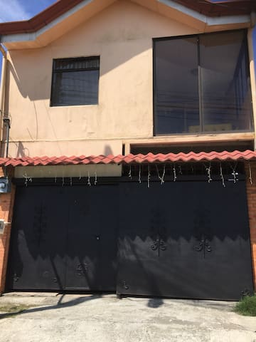 Ubicado en Cartago Centro - Cartago - Appartement