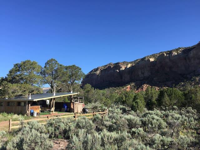 Anasazi Glamping Cabin Children & Dogs Welcome