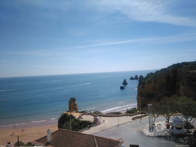 Paradise in Praia Dona Ana T2