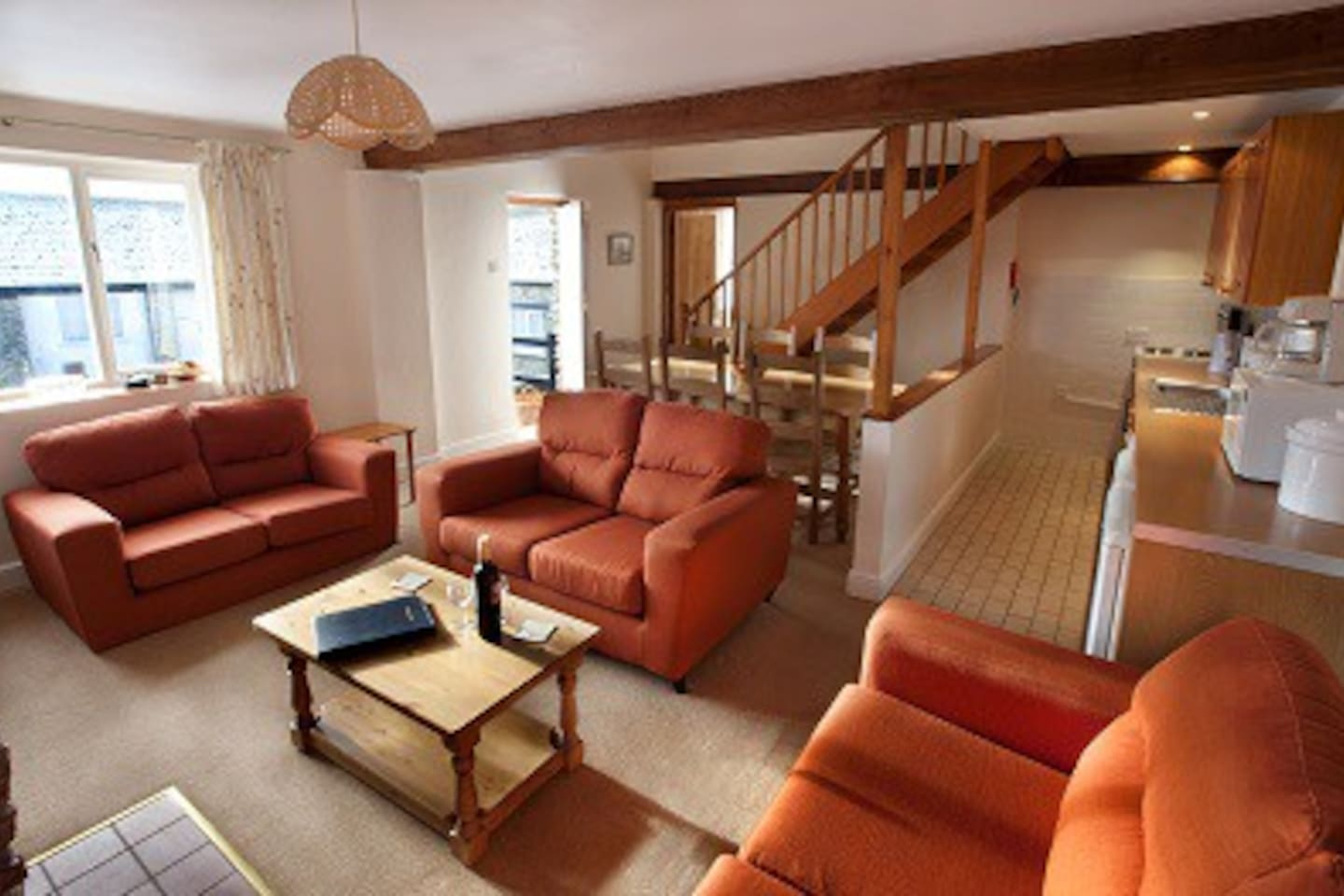 Large sitting area for larger family