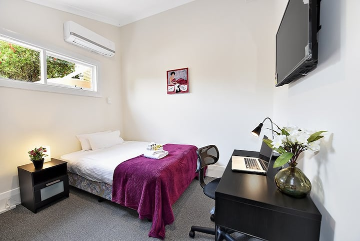 Beautiful Single Ensuite Room in Brunswick