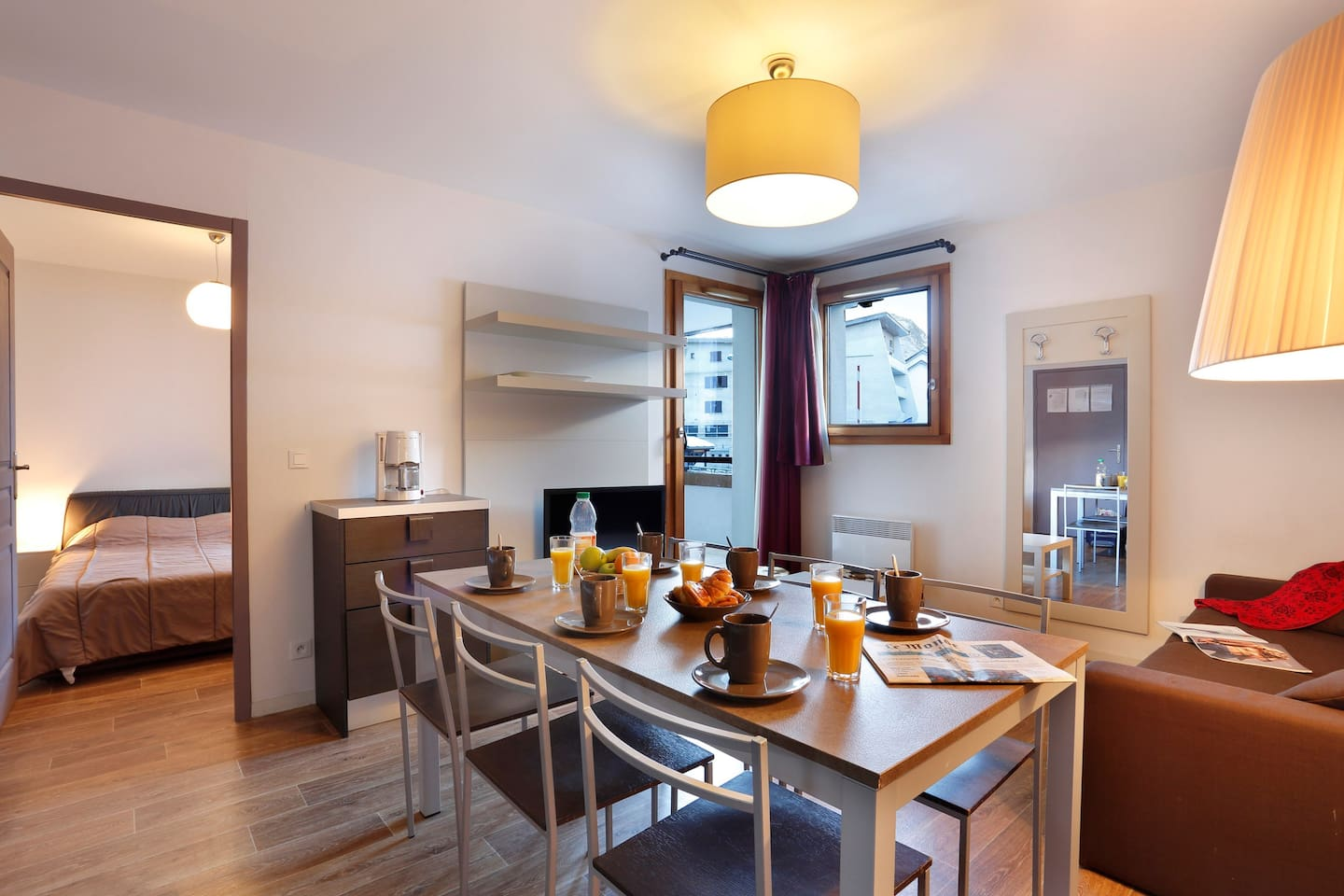 Come and stay in our cozy and charming apartment in Les Deux Alpes!