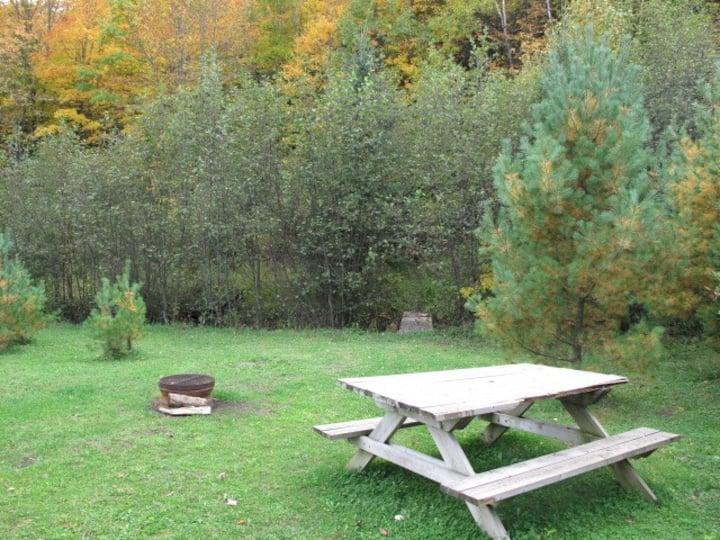 Lakeside Campsite Plus* 18 min. to downtown Ottawa