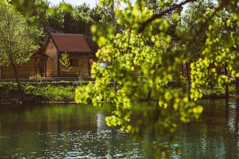 River huts Zrmanja - hut 3