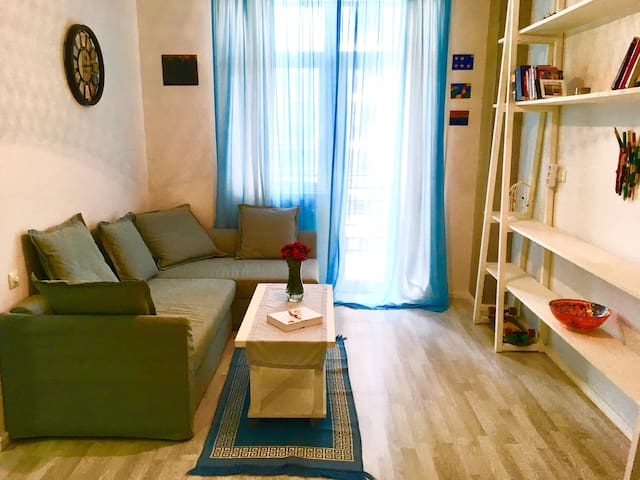 DIY flat close to the city center and the beach