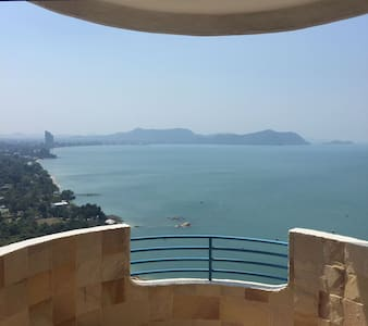 Ocean View Beachfront 106sqm 27th Floor Apartment - Tambon Na Chom Thian - Flat