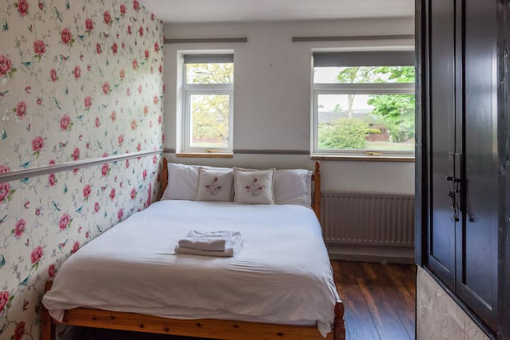 Cosy Room 6mins to Roman Fort Co. Durham