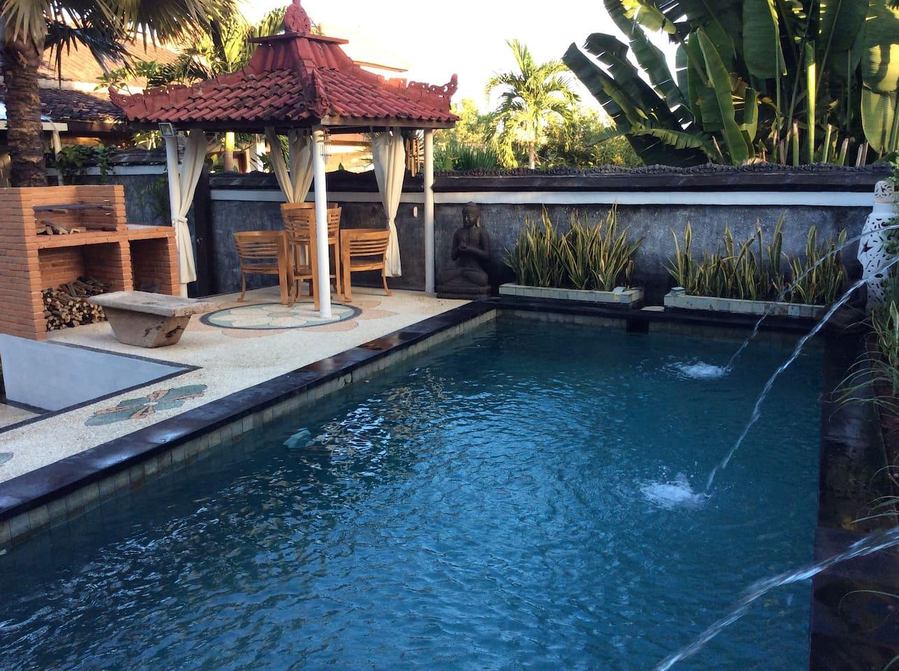 Sama Sama Cottage (Open Air Wood BBQ) - Häuser zur Miete in Bali ...