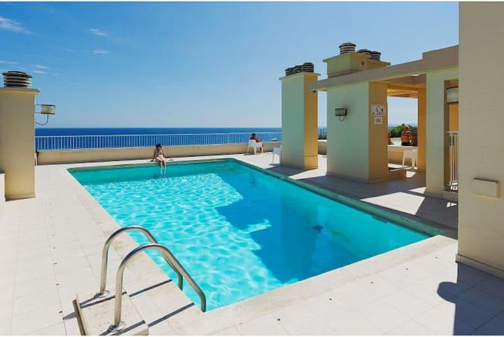 STUDIO WITH ROOFTOP AND POOL - CARRE D'OR