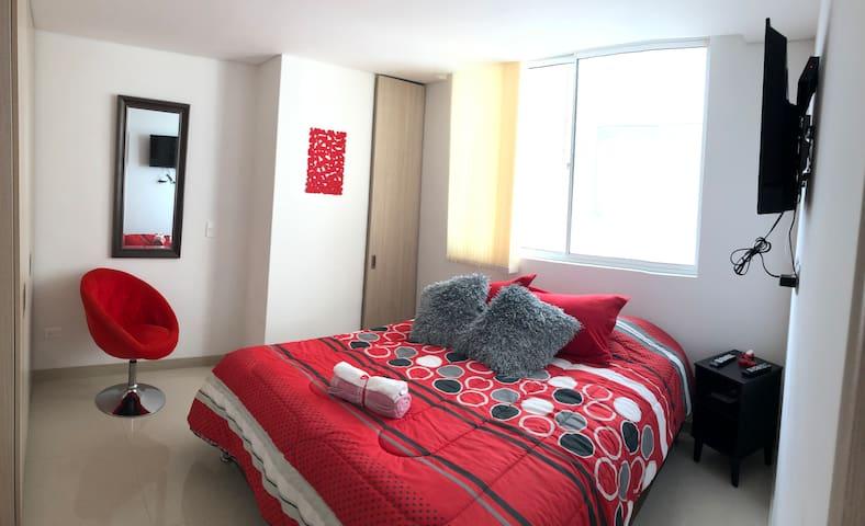 Nuevo y confortable apartaestudio. Av. Santander