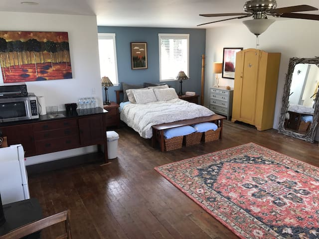 400 Sqft loft with ocean view - Fort Bragg - Hus