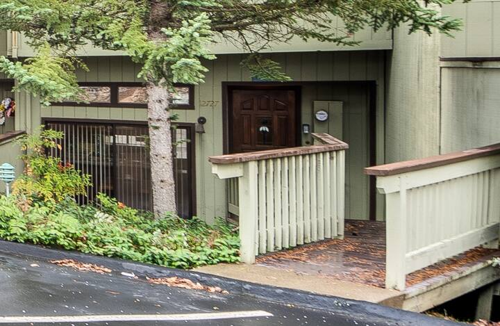Condo in the Pines-Yosemite only 30min away