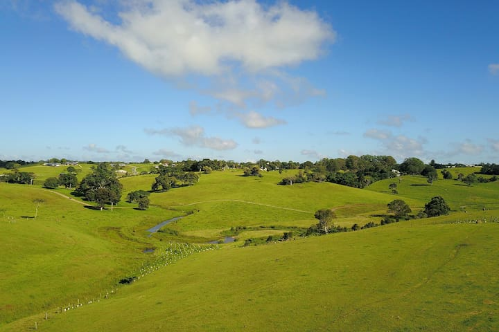 Maleny Clover Cottages (Cottage One)