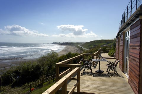 Seaview for two with a difference, private parking