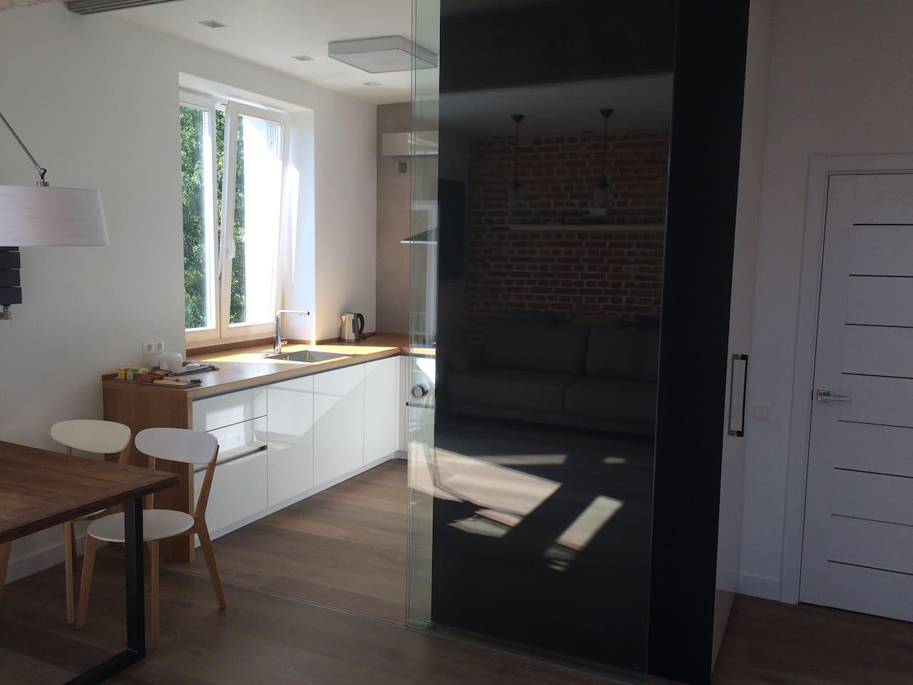 Lofty and sunny apartment