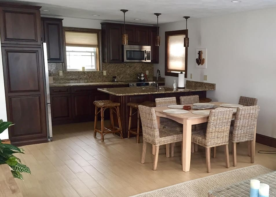 Granite Counter Tops and ample seating