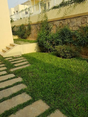 Clean garden where kids and guests can play or hangout while enjoying snacks or drinks
