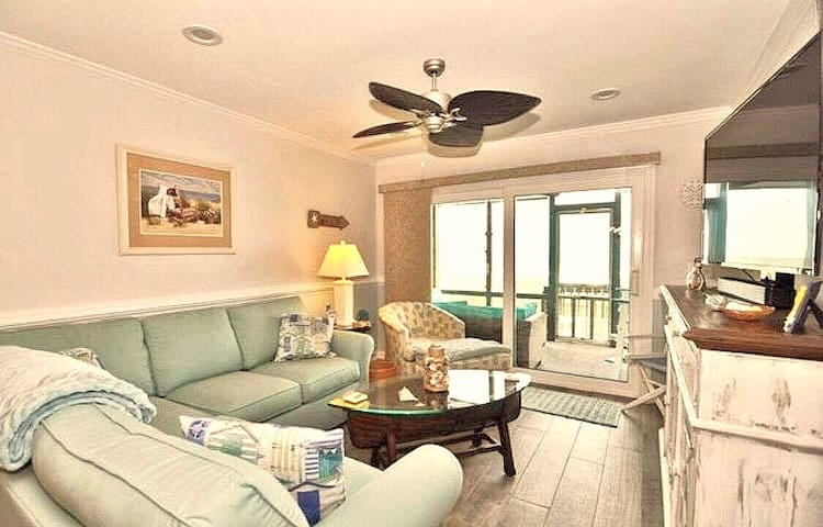 Direct Ocean Front Ground Floor Paradise W/Pool!