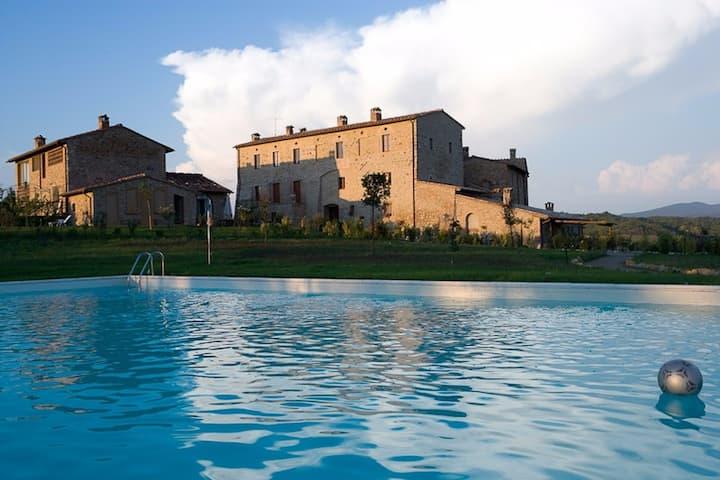 · Private Suite in small Medieval Borgo