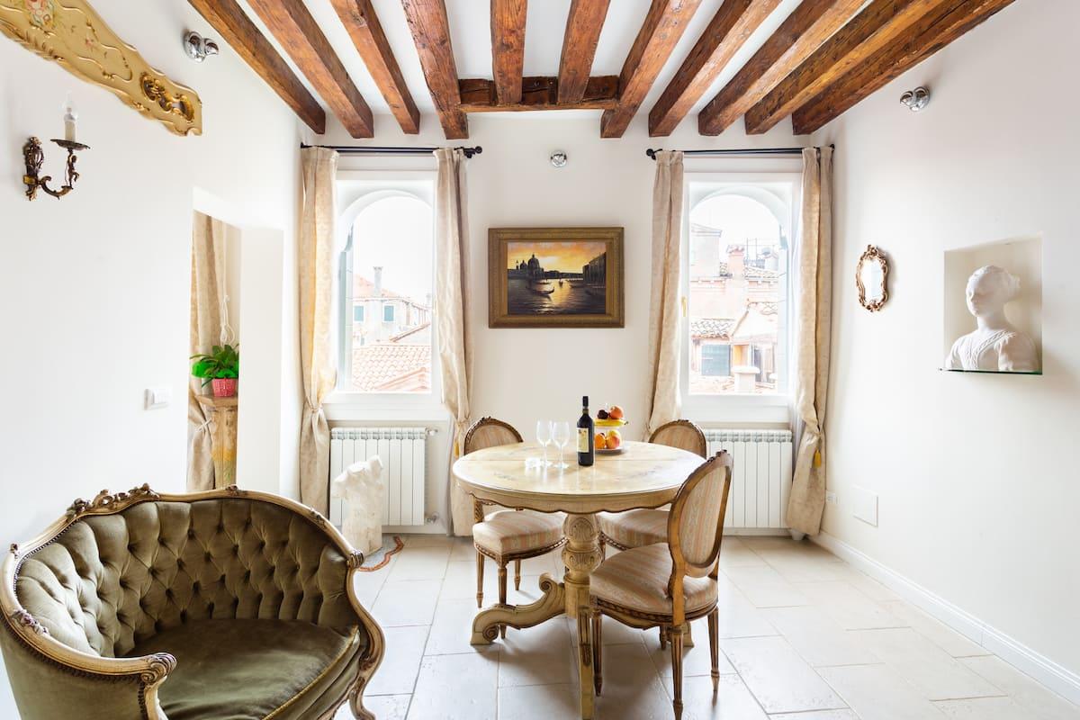 Ca' Contessa, una casa di stile, con vista a due passi da Piazza San Marco