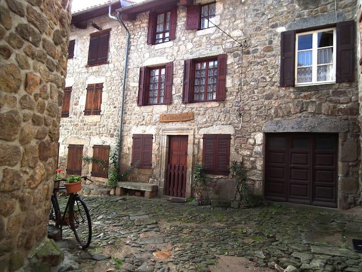 Les Dentellières - Chic&Modern Historical House