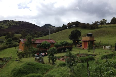 Reserva agroecológica el DOS&1/2 - La Calera - Stuga