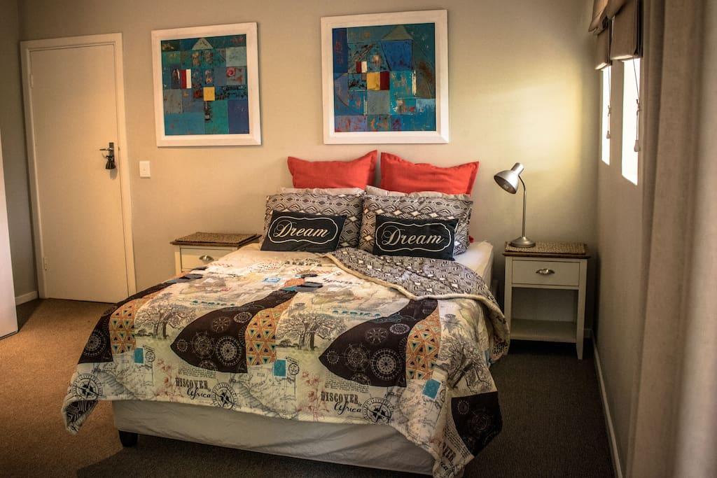 Queen Size Double Bed room