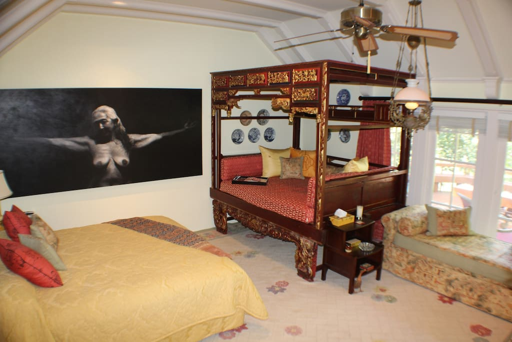 Queen bed and Chinese bed