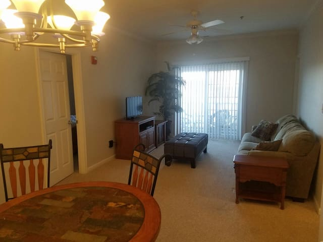 need a place close to beach off season ? - Rehoboth Beach - Flat