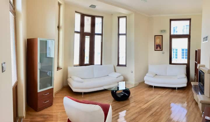 Luxurious apartment in the ideal Center!