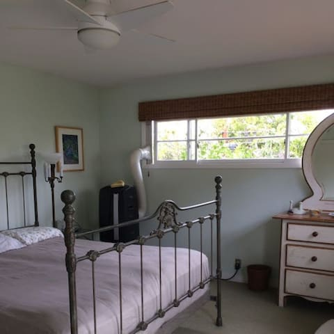 King size bed in Bright, Open Master bedroom. Patio access too.