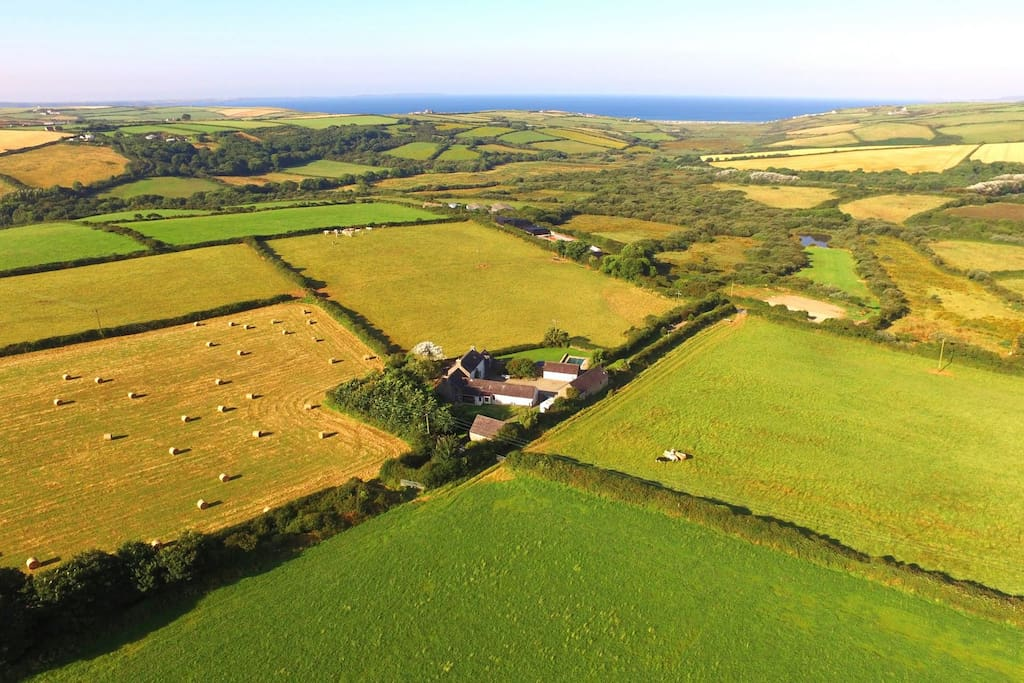 In a beautiful spot above St Brides Bay - The Coach House is part of a beautiful old Flemish farm called Pantier