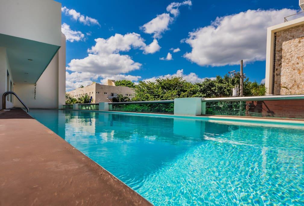 20 Meter Lap Pool