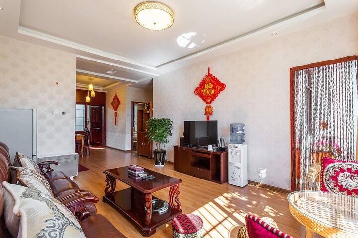 丽江古城边上中式精装修二室整租连住可接机接站