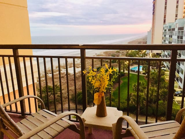 Romantic Getaway-Unforgettable Oceanview-Remodeled