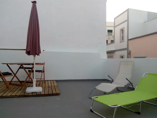 DOWNTOWN LOFT WITH A LARGE ROOF TERRACE - Olhão - Hus