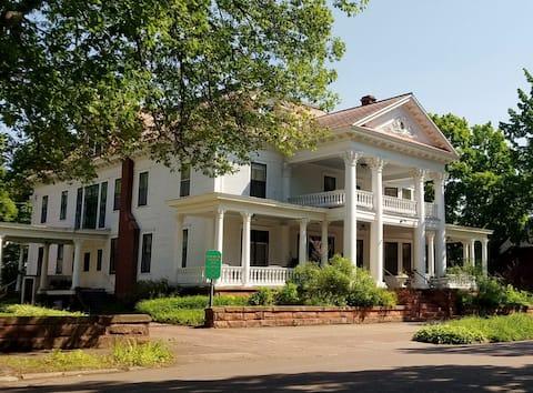 Historic Laurium Manor Inn Bed & Breakfast Room #7