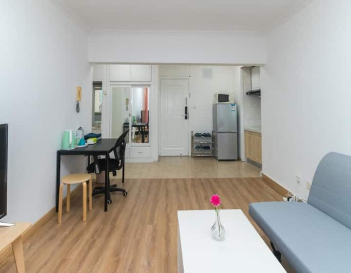 Old Town Designer Apartment - River View