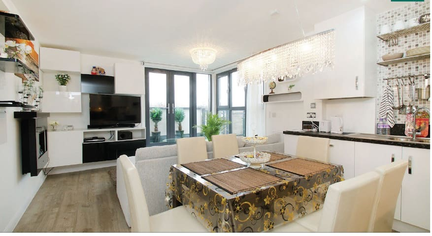 Guildford Central- next to Surrey University - Guildford - Appartement