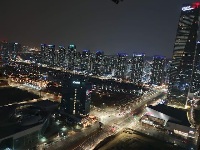 [Songdo Central](송도)41층 센트럴파크 뷰! 야경 #Subway 5 Min