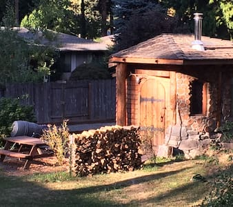 Portlandia Urban Farm Hobbit House! - Milwaukie
