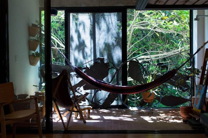 A refuge with nature in the heart of Copacabana