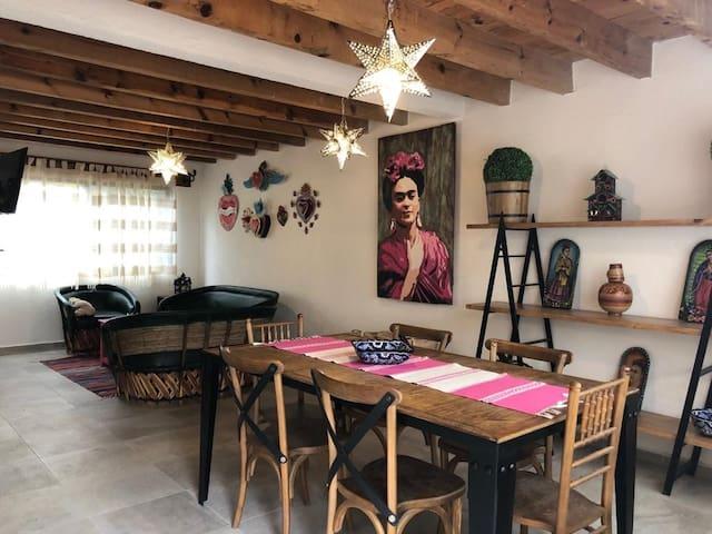 Casa Frida en el Centro de Tequisquiapan