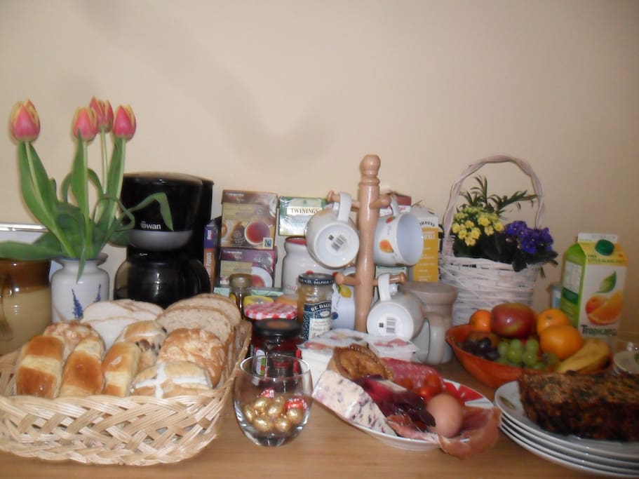 Our Easter breakfast -eggs, buns, york ham & more...