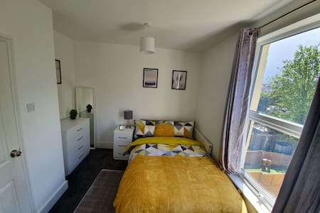 Double Bedroom fully furnished