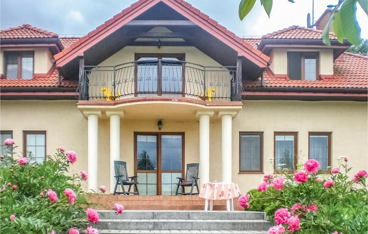 Nice home in Bajtkowo with 6 Bedrooms